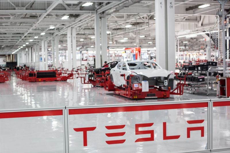 Tesla Close to a Deal to Build Vehicles in China