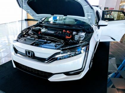 Exclusive First Drive: The All-Electric 2018 Honda Clarity